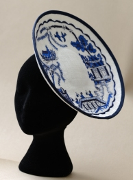 Willow Pattern Plate Hat